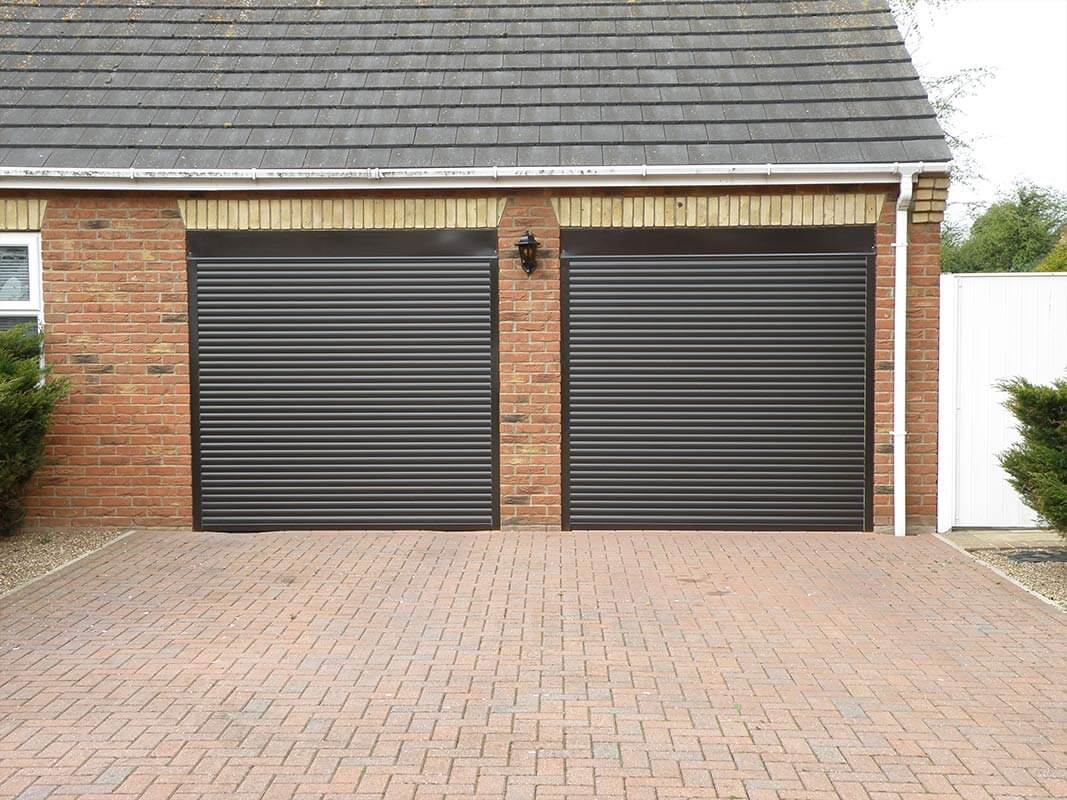 Roller garage door prices price calculator rollerdor for Garage doors uk